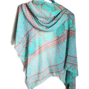 🛍Bright patterned scarf